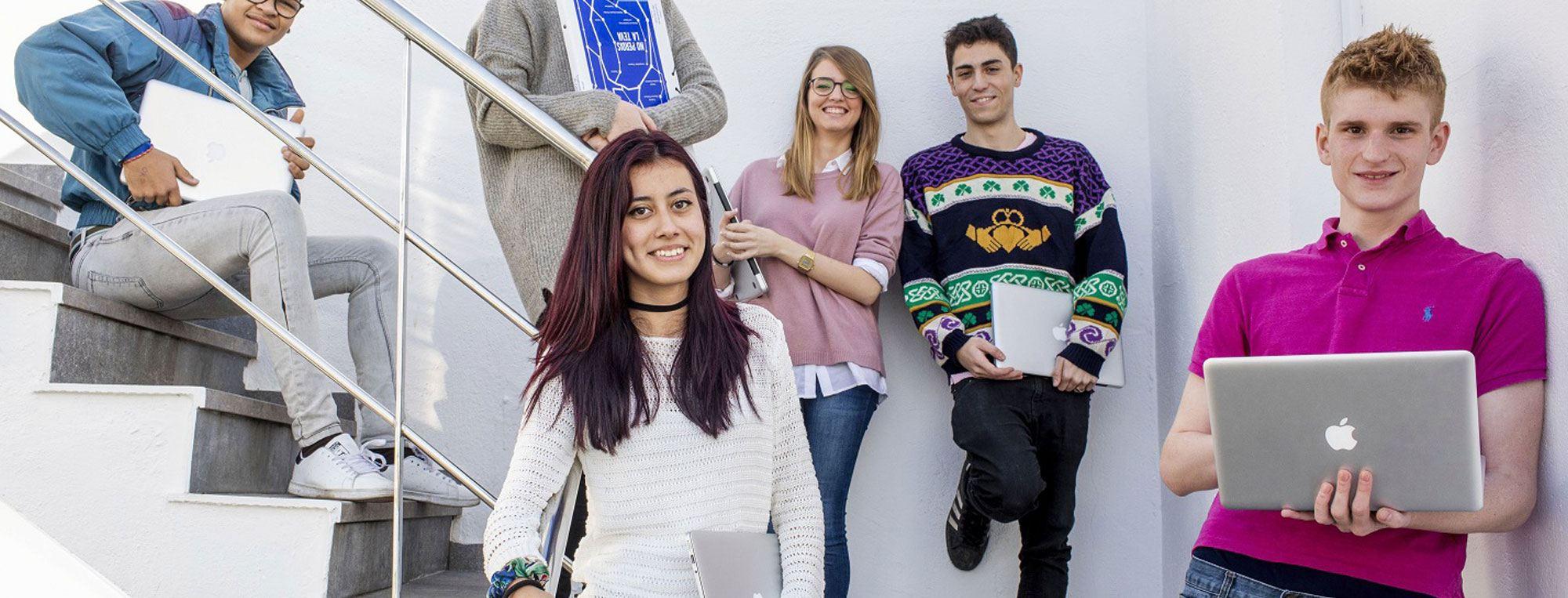 alumnos escuela mediterrani