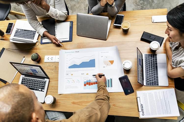 ¿Cómo emprender un negocio y ser tu propio jefe?
